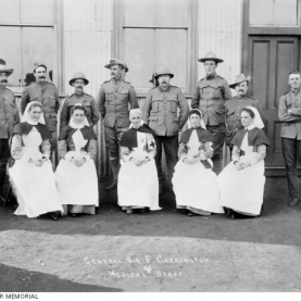 Nurses accompanied the 3rd Victorian Bushmen's Contingent to South Africa in 1900: (front row – left to right) Sisters Fanny Hines, Julia Anderson, Marianne Rawson, Ellen Walter and Annie Thomson (Source: Australian War Memorial)